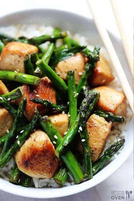 Quick Dinner Recipes ~ I love this chicken and asparagus stir-fry recipe. It's one of my go-to meals because it's healthy and delicious. It's also a great keto recipe (without the rice) if you are watching your carb intake.