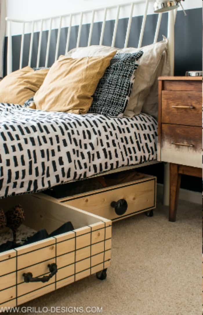 Space Saving Under Bed Storage Drawers