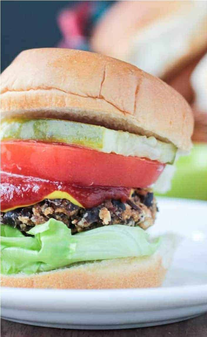Healthy Meal Prep Idea: Black Bean Salsa Burgers